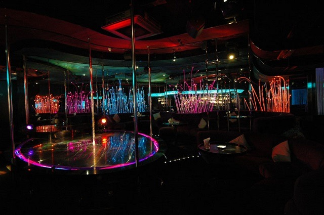 velvet club geneva strip club